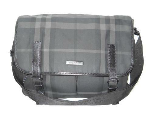 Burberry Messenger Bag  e5e359cc2e3ab