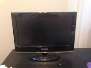 19 inch samsung flat screen