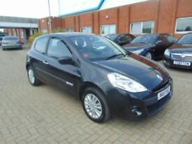 renault clio 1.2 2011 £1800 or pay me £200 a week no charges or fees