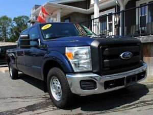 2011 Ford F-250 XL / 6.2L V8 / Auto / RWD / 8' Box