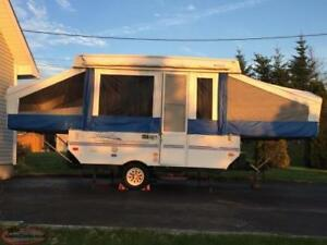 2002 FLAGSTAFF 10ft Pop up Camper Trailer