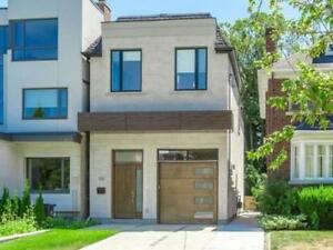 Marvelous 4+1 Bed House In Prime Location At Sheldrake Blvd