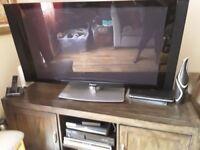 Phenomenal Pioneer Plasma Television 42 inches!!