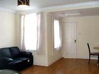 2 bedroom flat in Dartmouth Road, Kilburn, NW2
