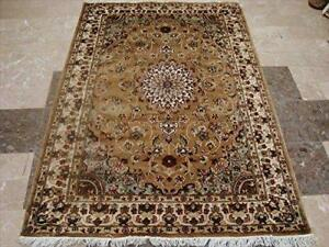 Exotic Gold Ivory Floral Medallion Hand Knotted Rug Wool Silk Carpet (6 X 4)'