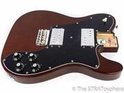 Fender Walnut