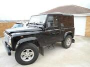 Land Rover Defender 90 Black
