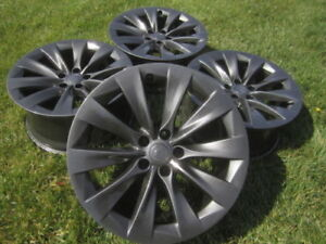 4 mags Tesla 20 pouces Slipstream OEM rims 20 inch avec TPMS