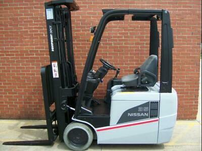 Reconditioned 2015 Nissan Tx35 - Three Wheel Electric Powered Fork Lift