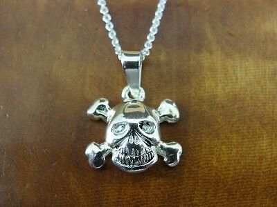 SU Skull and Crossbone Sterling Silver 925 Pendant Chain Necklace