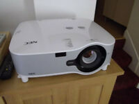 NEC Projector NP1000. Very bright image with 3500 ANSI Lumen Brightness