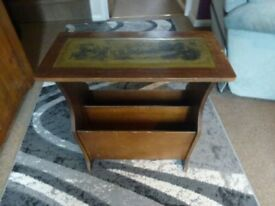 VINTAGE WOODEN MAGAZINE RACK WITH LEATHER INLAY TABLE TOP