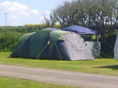 gelert krakatoa 4 man tent 2 bedroom lovely condition standing height & gelert krakatoa 4 man tent 2 bedroom lovely condition standing ...