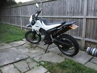 Yamaha xt 125cc road legal super moto cbt learner legal