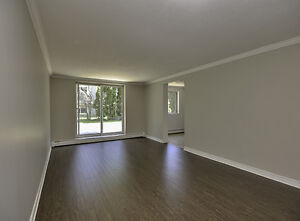 Kappele Circle Apartments: Apartment for rent in North Stratford Stratford Kitchener Area image 2