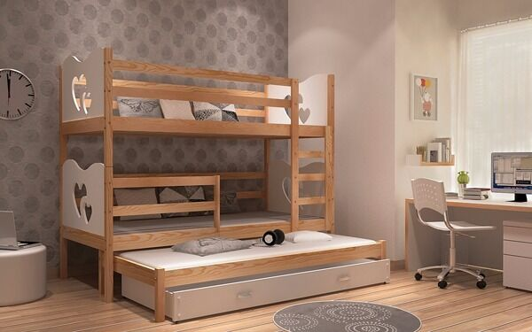 Triple bunk bed with trundle. Matresses and drawer.