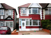 THREE BEDROOM HOUSE | TO LET | MEADOW WAY | WEMBLEY | OFF STREET PARKING | HA9|