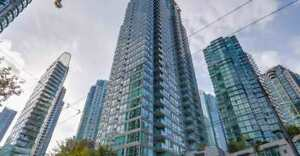 Luxury Renovated Coal Harbour Apartment with ocean view