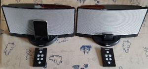Deux haut-parleurs Bose Soundlink en excellent état, $90 chaque
