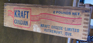 Vintage Kraft Canadian Wood Box, Outremont, Que, 2 Pounds Net Kitchener / Waterloo Kitchener Area image 4