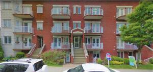 condominium 4 1/2 avec garage a louer