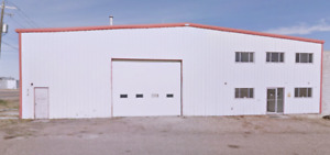3200 SQ Building For Rent