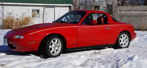 Winter Price for Summer Car 1990 Miata 119,000 km Private Seller