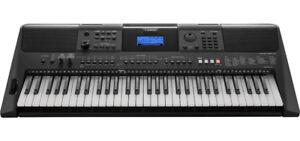 New Yamaha PSR-E453  arranger keyboard - piano - synthesizer