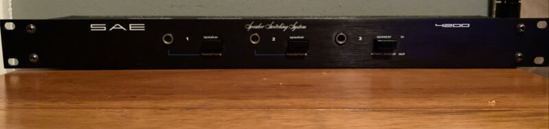 SAE 4200 Stereo Speaker Switch System