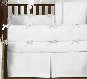 VGUC Crib Bedding Set