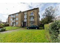 Amazing four bedroom flat with separate reception in Wandsworth.