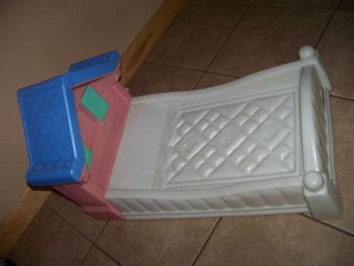 Little Tikes Doll Bed Ebay