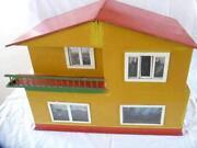Altes Puppenhaus