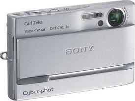 Sony Cyber-shot DSC-T9 Digital Camera [6MP, 3x Optical Zoom] - Silver