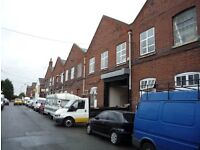 Live work unit to rent in warehouse with 2 rooms and mezzanine floor 700 sq ft in N15 Seven Sisters