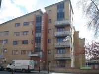 Penthouse 3 bedroom apartment with balcony on the Stoke Newington/Clapton Borders