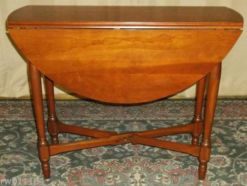 Antique Cherry Drop Leaf Table Ebay