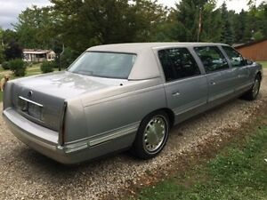 """1997 Cadillac Factory Stretched Low KM """"REDUCED"""" TO $4000"""
