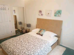 1st October a fully furnished private room in 2 bds apartment