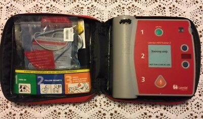 Laerdal Aed Trainer 2 - Battery Pack Case Pads Booklet - Vg Condition