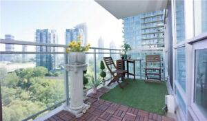 PARK LAWN & LAKESHORE. VIEW OF LAKE & CN TOWER.  2 BDRM 2 BATHS