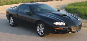 1999 Chevrolet Camaro SS Coupe (2 door)