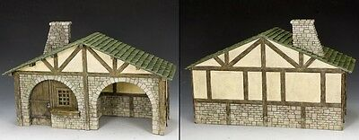 KING AND COUNTRY The Village Stable SP83 SP083