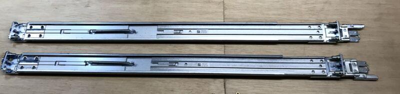 Dell Inc. R320 PowerEdge 0Y4DJC 0MCTG4 Rack Rail Set
