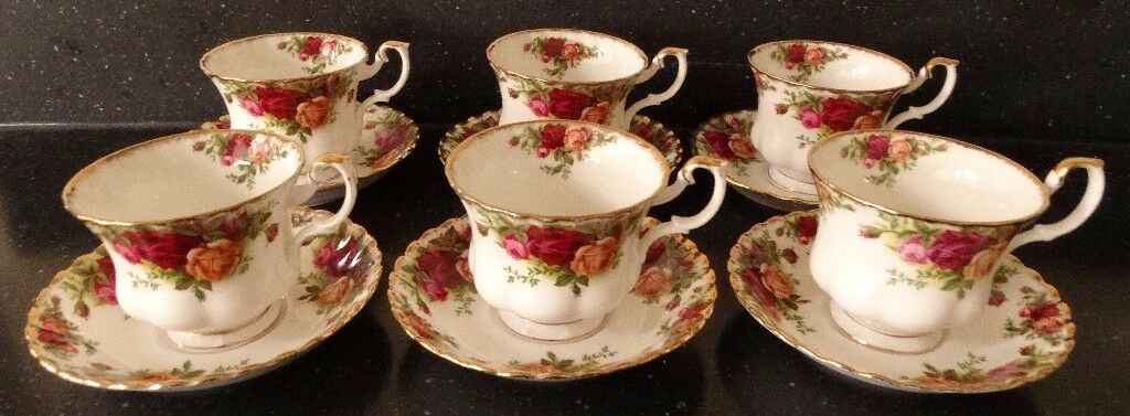 Royal Albert Old Country Roses Set of 6 Teacups and Saucers