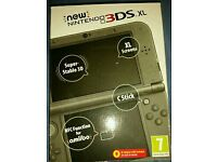 *NEW* Nintendo 3DS XL with 8 Games