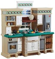 Step2 Step 2 Lifestyle Deluxe Kitchen w/ Accessories