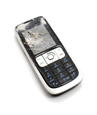 How to Buy Old Mobile Phones for Salvaging Replacement Parts