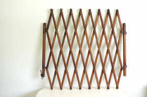 Looking for Accordion Baby Gate (wooden)