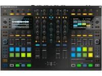 Traktor S8 DJ controller & dust cover